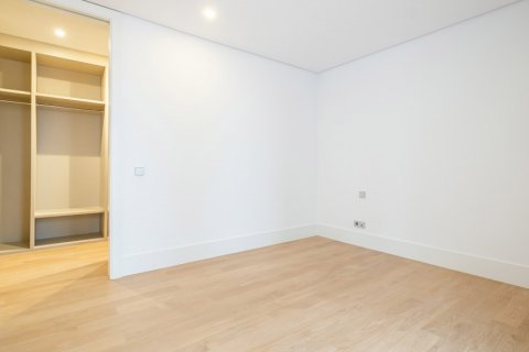 Apartment for sale in Madrid, Spain, 2 bedrooms, 157.00m2, No. 2070 – photo 21