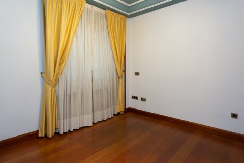 Apartment for sale in Madrid, Spain, 4 bedrooms, 196.00m2, No. 2199 – photo 18