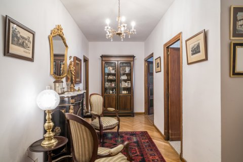Apartment for sale in Madrid, Spain, 6 bedrooms, 291.00m2, No. 2275 – photo 13