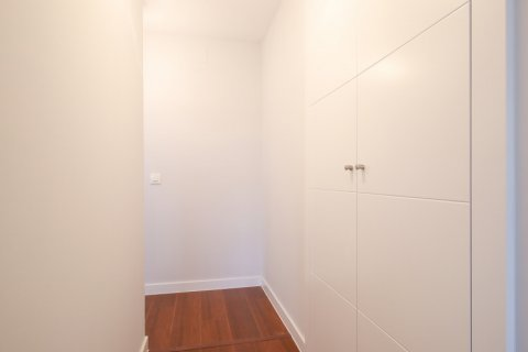 Apartment for rent in Madrid, Spain, 2 bedrooms, 95.00m2, No. 2716 – photo 11