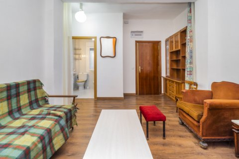 Apartment for sale in Madrid, Spain, 3 bedrooms, 88.00m2, No. 2453 – photo 7