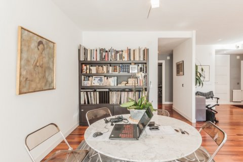 Apartment for rent in Madrid, Spain, 4 bedrooms, 254.00m2, No. 2562 – photo 5