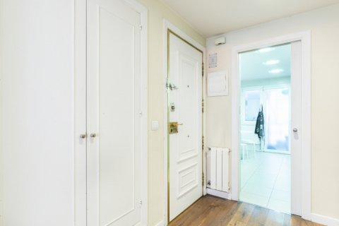Apartment for sale in Madrid, Spain, 4 bedrooms, 158.00m2, No. 2182 – photo 19