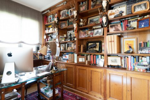 Apartment for sale in Madrid, Spain, 4 bedrooms, 171.00m2, No. 2442 – photo 12