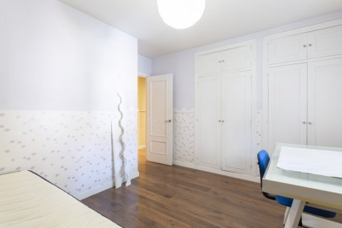 Apartment for sale in Madrid, Spain, 4 bedrooms, 158.00m2, No. 2182 – photo 2
