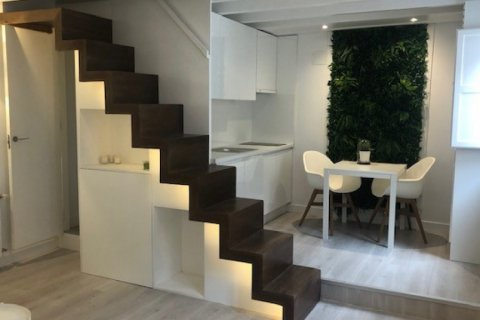 Apartment for sale in Madrid, Spain, 1 bedroom, 35.00m2, No. 1941 – photo 22