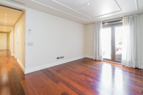 Penthouse for sale in Madrid, Spain, 3 bedrooms, 239.00m2, No. 1699 – photo 12