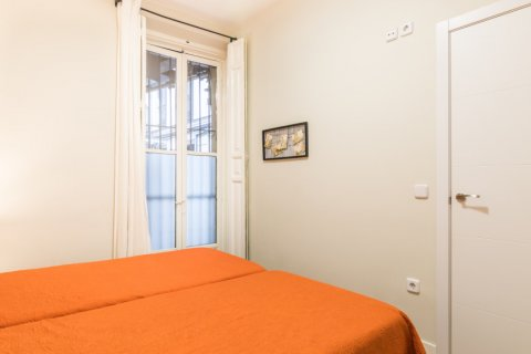 Apartment for sale in Madrid, Spain, 2 bedrooms, 183.00m2, No. 2417 – photo 11