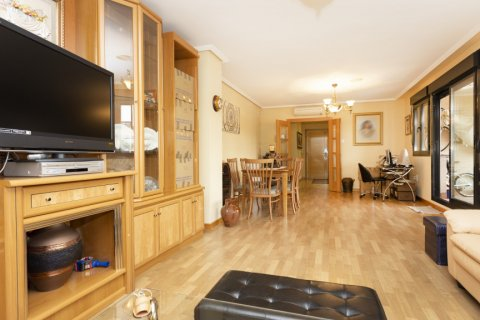 Apartment for sale in Getafe, Madrid, Spain, 4 bedrooms, 242.00m2, No. 2480 – photo 5