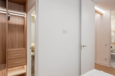 Apartment for sale in Madrid, Spain, 2 bedrooms, 52.00m2, No. 2298 – photo 20