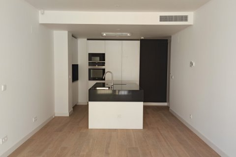 Apartment for rent in Madrid, Spain, 2 bedrooms, 105.00m2, No. 2283 – photo 30