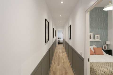 Apartment for sale in Madrid, Spain, 3 bedrooms, 142.00m2, No. 2689 – photo 13