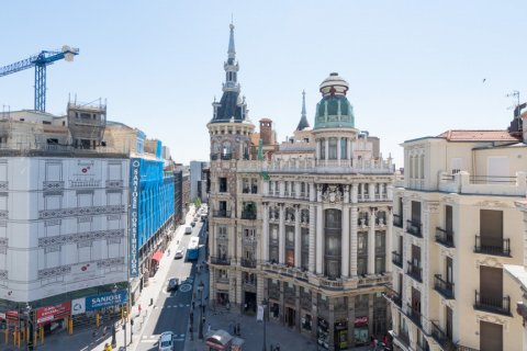 Apartment for sale in Madrid, Spain, 3 bedrooms, 225.78m2, No. 2489 – photo 5