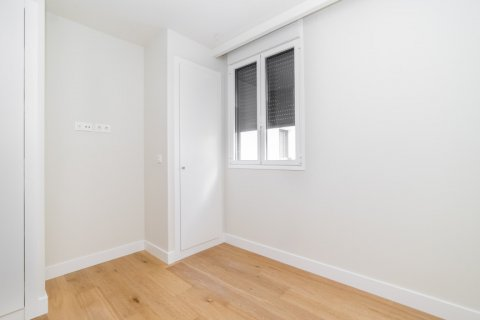 Apartment for sale in Madrid, Spain, 3 bedrooms, 189.00m2, No. 2603 – photo 8