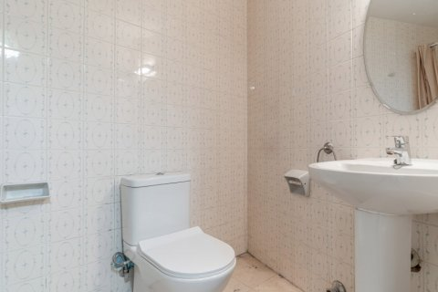 Apartment for sale in Madrid, Spain, 52.00m2, No. 2025 – photo 11