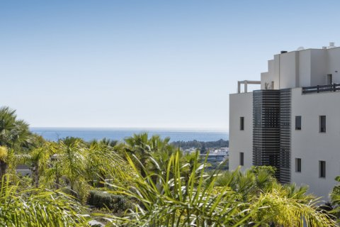 Penthouse for sale in Estepona, Malaga, Spain, 2 bedrooms, 83.48m2, No. 2096 – photo 16