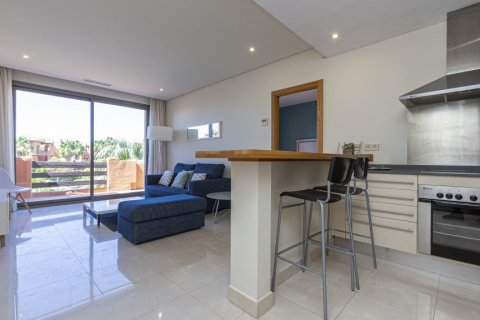 Penthouse for sale in Estepona, Malaga, Spain, 1 bedroom, 73.00m2, No. 2310 – photo 6