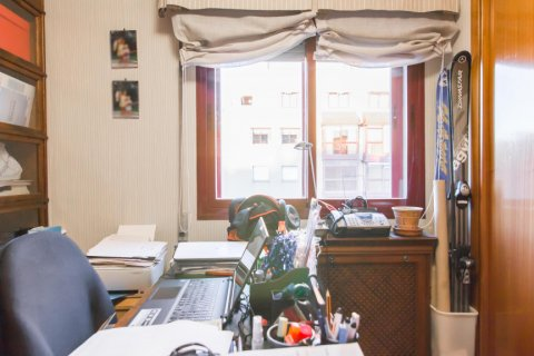 Apartment for sale in Madrid, Spain, 4 bedrooms, 140.00m2, No. 1787 – photo 16