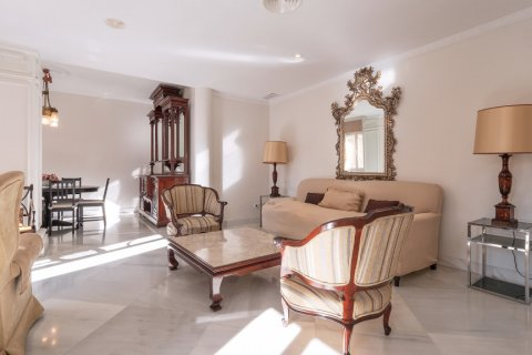 Apartment for sale in Malaga, Spain, 3 bedrooms, 229.00m2, No. 2351 – photo 5
