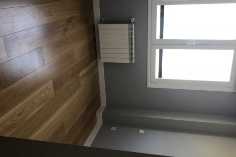 Apartment for rent in Madrid, Spain, 3 bedrooms, 120.00m2, No. 2106 – photo 17