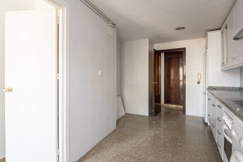 Apartment for sale in Malaga, Spain, 4 bedrooms, 136.00m2, No. 2619 – photo 24