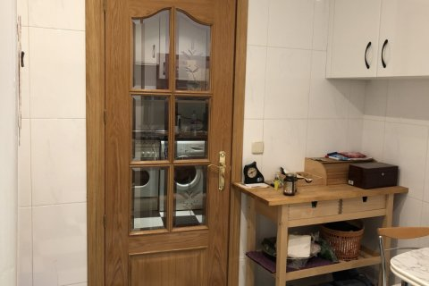 Apartment for rent in Madrid, Spain, 3 bedrooms, 150.00m2, No. 1463 – photo 5
