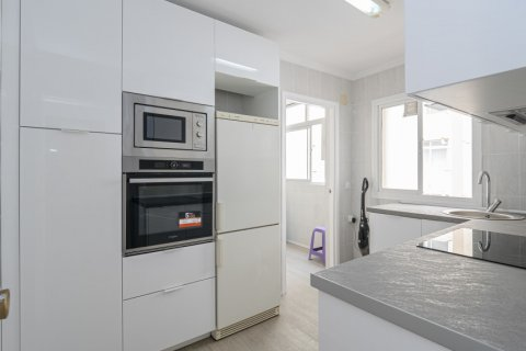 Apartment for sale in Malaga, Spain, 4 bedrooms, 109.00m2, No. 2418 – photo 7
