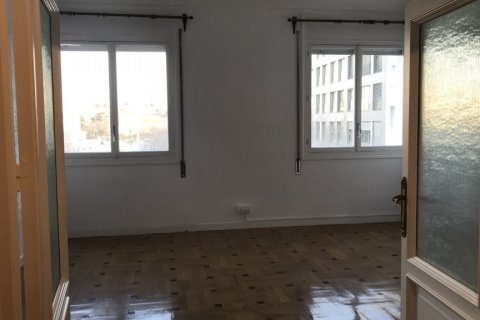 Apartment for rent in Madrid, Spain, 3 bedrooms, 127.00m2, No. 2014 – photo 3