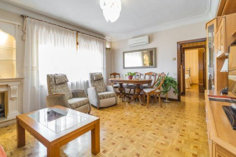 Apartment for sale in Madrid, Spain, 3 bedrooms, 78.00m2, No. 2688 – photo 2