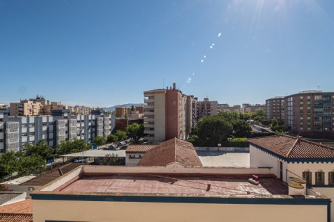 Apartment for sale in Malaga, Spain, 5 bedrooms, 114.00m2, No. 2515 – photo 17