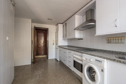 Apartment for sale in Malaga, Spain, 4 bedrooms, 136.00m2, No. 2619 – photo 23