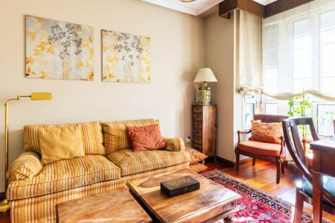 Apartment for sale in Madrid, Spain, 4 bedrooms, 152.00m2, No. 2702 – photo 18
