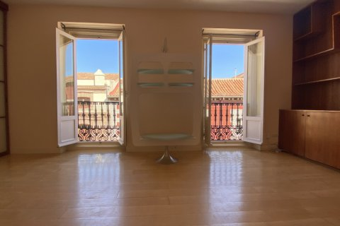Apartment for rent in Madrid, Spain, 4 bedrooms, 150.00m2, No. 2728 – photo 7