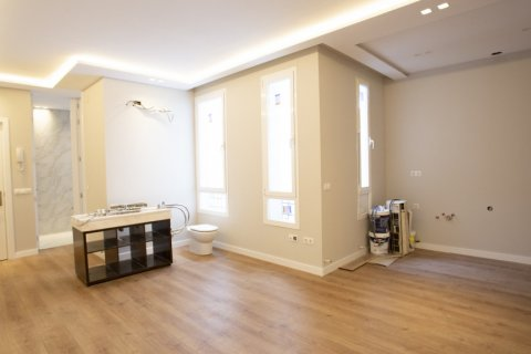 Apartment for sale in Madrid, Spain, 2 bedrooms, 63.00m2, No. 2509 – photo 13