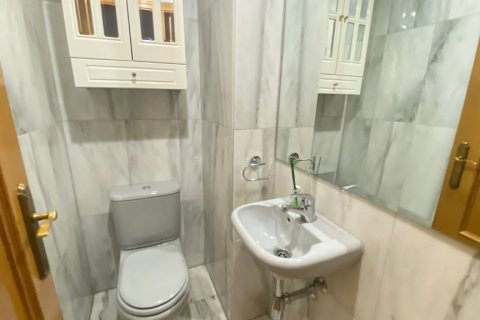 Apartment for rent in Madrid, Spain, 2 bedrooms, 72.00m2, No. 1685 – photo 19