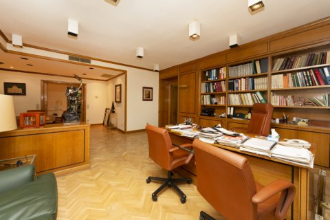 Apartment for sale in Madrid, Spain, 4 bedrooms, 206.00m2, No. 2284 – photo 5