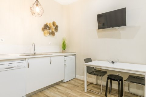 Apartment for sale in Madrid, Spain, 2 bedrooms, 183.00m2, No. 2417 – photo 23