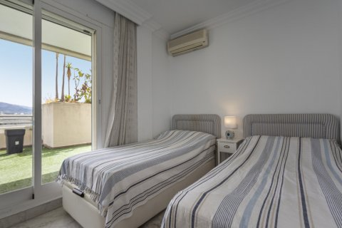 Penthouse for sale in Marbella, Malaga, Spain, 3 bedrooms, 172.74m2, No. 2165 – photo 15