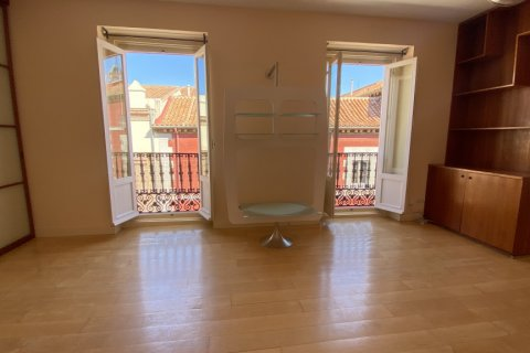 Apartment for rent in Madrid, Spain, 4 bedrooms, 150.00m2, No. 2728 – photo 6