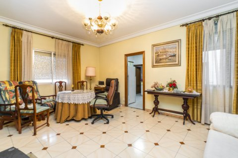 Apartment for sale in Madrid, Spain, 5 bedrooms, 133.00m2, No. 2686 – photo 20