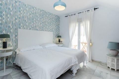 Duplex for sale in Malaga, Spain, 2 bedrooms, 135.00m2, No. 2715 – photo 16