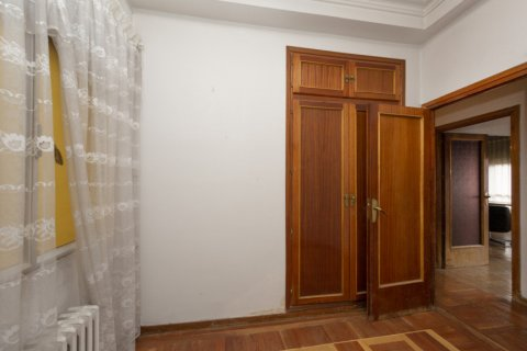 Apartment for sale in Madrid, Spain, 4 bedrooms, 129.00m2, No. 2307 – photo 19