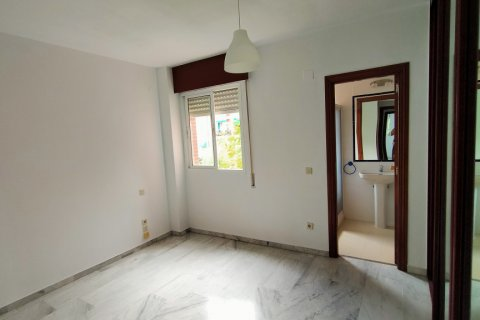 Apartment for sale in Sevilla, Seville, Spain, 3 bedrooms, 109.00m2, No. 2296 – photo 15