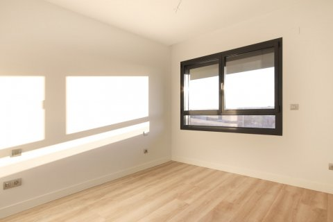 Apartment for sale in Madrid, Spain, 4 bedrooms, 200.00m2, No. 2361 – photo 15