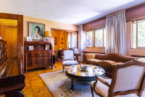 Apartment for sale in Madrid, Spain, 6 bedrooms, 355.00m2, No. 2376 – photo 3