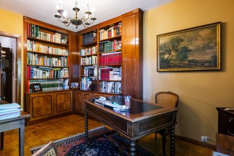 Apartment for sale in Madrid, Spain, 6 bedrooms, 355.00m2, No. 2376 – photo 8