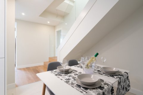 Duplex for sale in Madrid, Spain, 2 bedrooms, 141.01m2, No. 2023 – photo 19