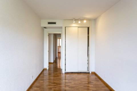 Apartment for rent in Madrid, Spain, 4 bedrooms, 150.00m2, No. 1937 – photo 27