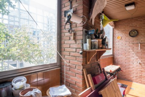 Apartment for sale in Madrid, Spain, 6 bedrooms, 291.00m2, No. 2275 – photo 23