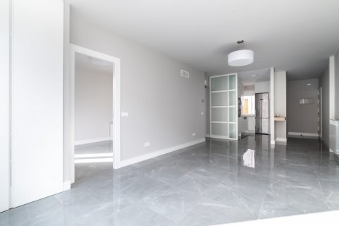 Apartment for sale in Madrid, Spain, 3 bedrooms, 93.00m2, No. 2039 – photo 2